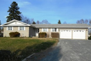 Double Lot and Double Car Garage