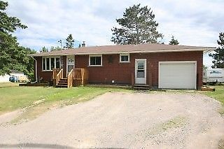 Reduced for Quick Sale Newly Renovated House in Dowling