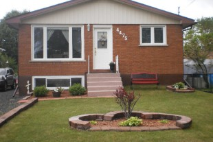House For Sale In Hanmer Ontario