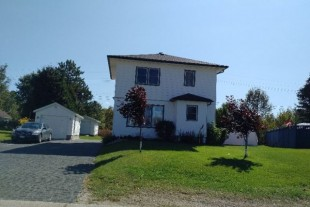 Completely Update 2 + 1 Bedroom Home for Sale