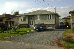 HANMER BUNGALOW FOR SALE