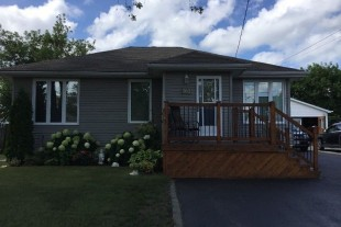 Cosy Bungalow for Sale in Lively, Ontario