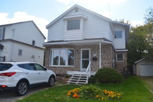 Private Sale; Family Home for sale in Hospital Area